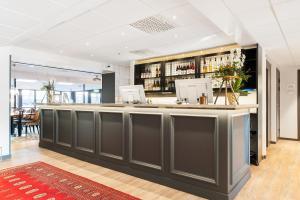Lobbyn eller receptionsområdet på Clarion Collection Hotel Kung Oscar