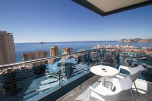 A balcony or terrace at Hotel Madeira Centro