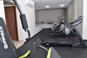The fitness center and/or fitness facilities at Hotel 5 de Mayo