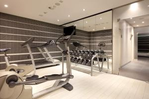 The fitness center and/or fitness facilities at Eurostars Book Hotel