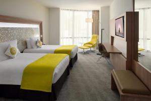 Cama ou camas em um quarto em Novotel Jeddah Tahlia