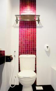 A bathroom at 89 Hotel