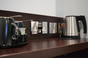 Coffee and tea making facilities at Trebovir Hotel