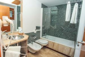 A bathroom at Acinipo