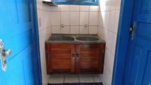 A bathroom at Presente do Mar