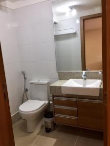 Um banheiro em Loft Em Pedra Azul