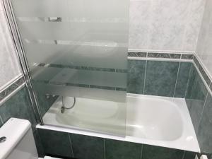 A bathroom at Pensión La Salve