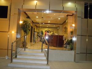 O saguão ou recepção de Tonova Apartment