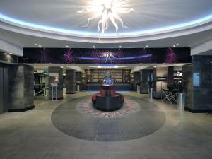 The lobby or reception area at DoubleTree by Hilton London – West End