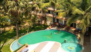 A view of the pool at Sterling Goa Varca or nearby