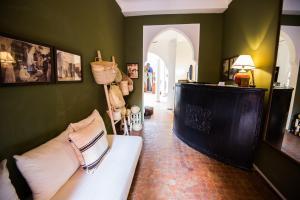 De lobby of receptie bij Riad Adika & Spa