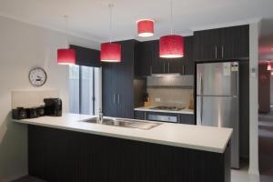 A kitchen or kitchenette at Montebello