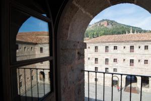 Un balcón o terraza de Hostería del Monasterio de San Millan
