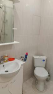 Ванная комната в Квартира с видом на Москву-реку на 23 этаже