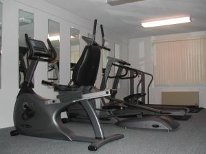 The fitness centre and/or fitness facilities at St Christopher's Hotel