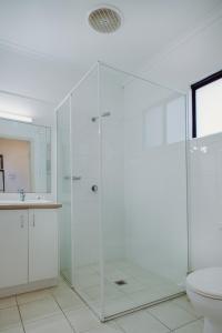 Ванная комната в Artesian Spa Motel