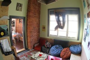A seating area at Hostel Costel Timisoara