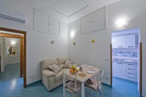 A seating area at Casa Di Lucia