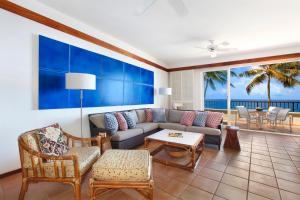 A seating area at Whalers Cove in Poipu