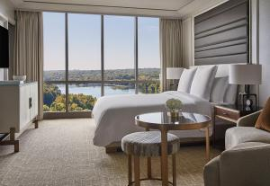 A seating area at Four Seasons Hotel Austin