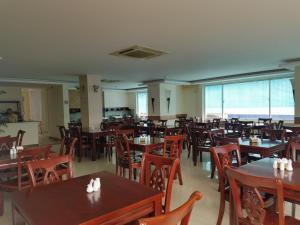 Ресторан / где поесть в Viet Sky Hotel