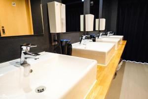 A bathroom at Hostel Mange Tak