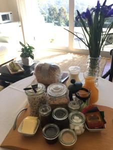 Breakfast options available to guests at Arjuna Ridge Bed and Breakfast
