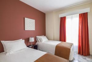 Säng eller sängar i ett rum på Sahara Sunset Club By Diamond Resorts