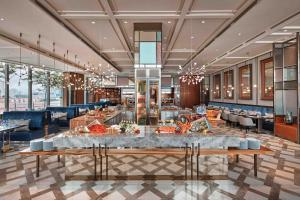 A restaurant or other place to eat at Sofitel Singapore City Centre (SG Clean)