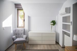 A seating area at Luxury & Modern Apartment In Kolonaki