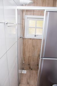 A bathroom at Santa Cruz Apart Hotel