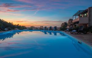 The swimming pool at or near Resort Gravina - Costa Paradiso
