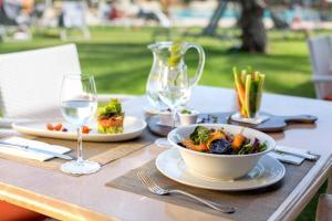 Restauracja lub miejsce do jedzenia w obiekcie Hipotels Hipocampo Palace & Spa