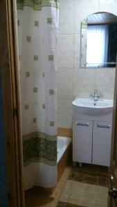 Ванная комната в Возле поля