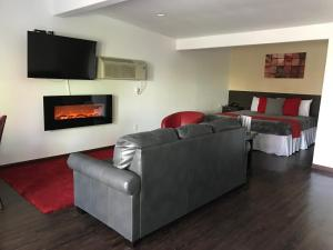 A seating area at CCBC Resort Hotel - A Gay Men's Resort