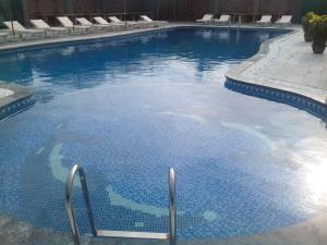Hồ bơi trong/gần White Sand Cam Ranh Hotel