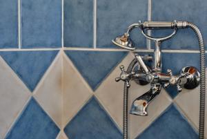 A bathroom at LIVAS Apartment