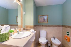 A bathroom at Beach View Apartment