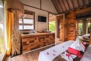 A kitchen or kitchenette at Camilla Resort