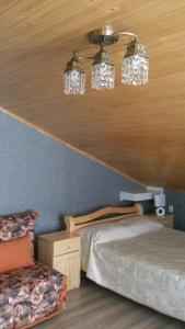 Кровать или кровати в номере Возле поля