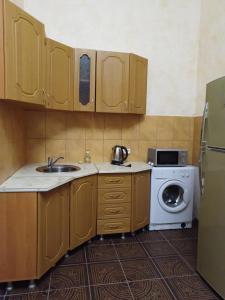 Кухня или мини-кухня в Guesthouse Sofia