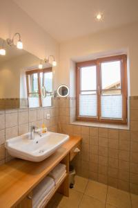 A bathroom at BergZeit