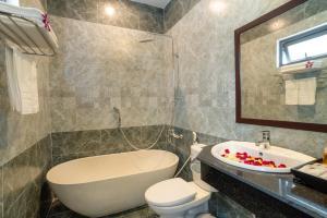 Un baño de Vinci Villa Hoi An