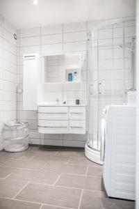A bathroom at Aalesund Apartments - City Center