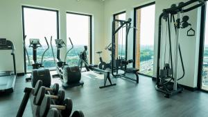 The fitness center and/or fitness facilities at Van der Valk Hotel Utrecht