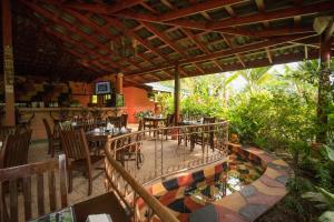 A restaurant or other place to eat at Blue River Resort & Hot Springs