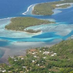Uma vista aérea de Aotea Camp'Inn Huahine