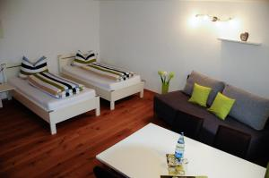 Ein Sitzbereich in der Unterkunft Allgäuer Appartements