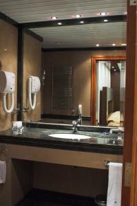 A bathroom at Hotel Anel