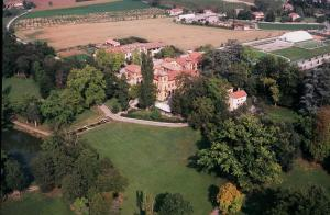 A bird's-eye view of Villa Scati Bed and Breakfast